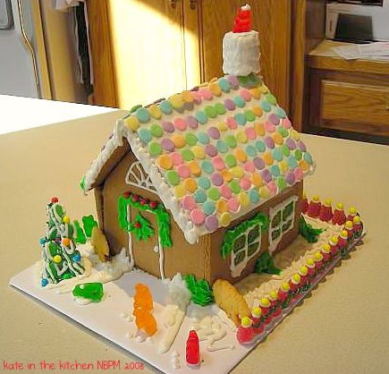 gingerbread-house-001