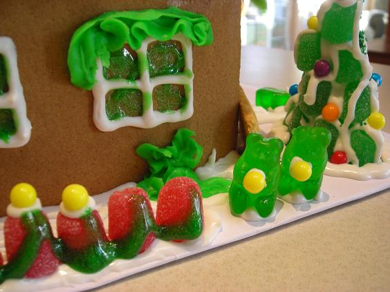 gingerbread-house-005