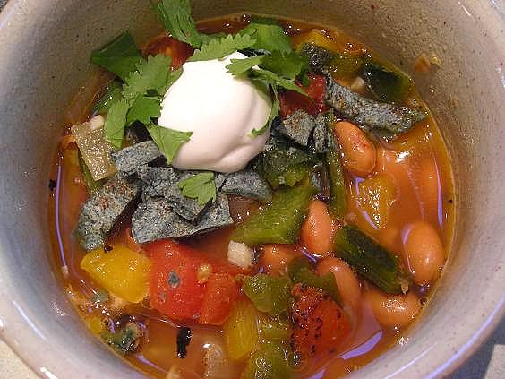 fire-roasted-vegetable-soup-001