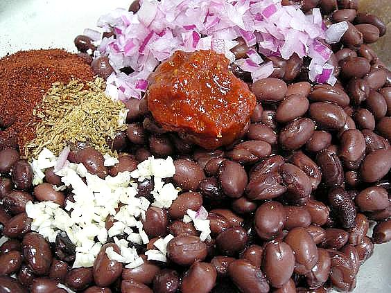 chipotle spiced black beans 005