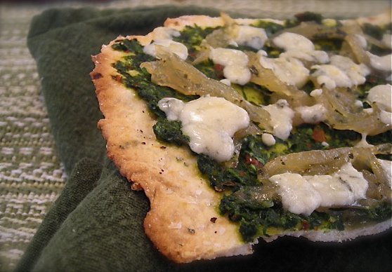 caramelized onion and pesto flatbread6836